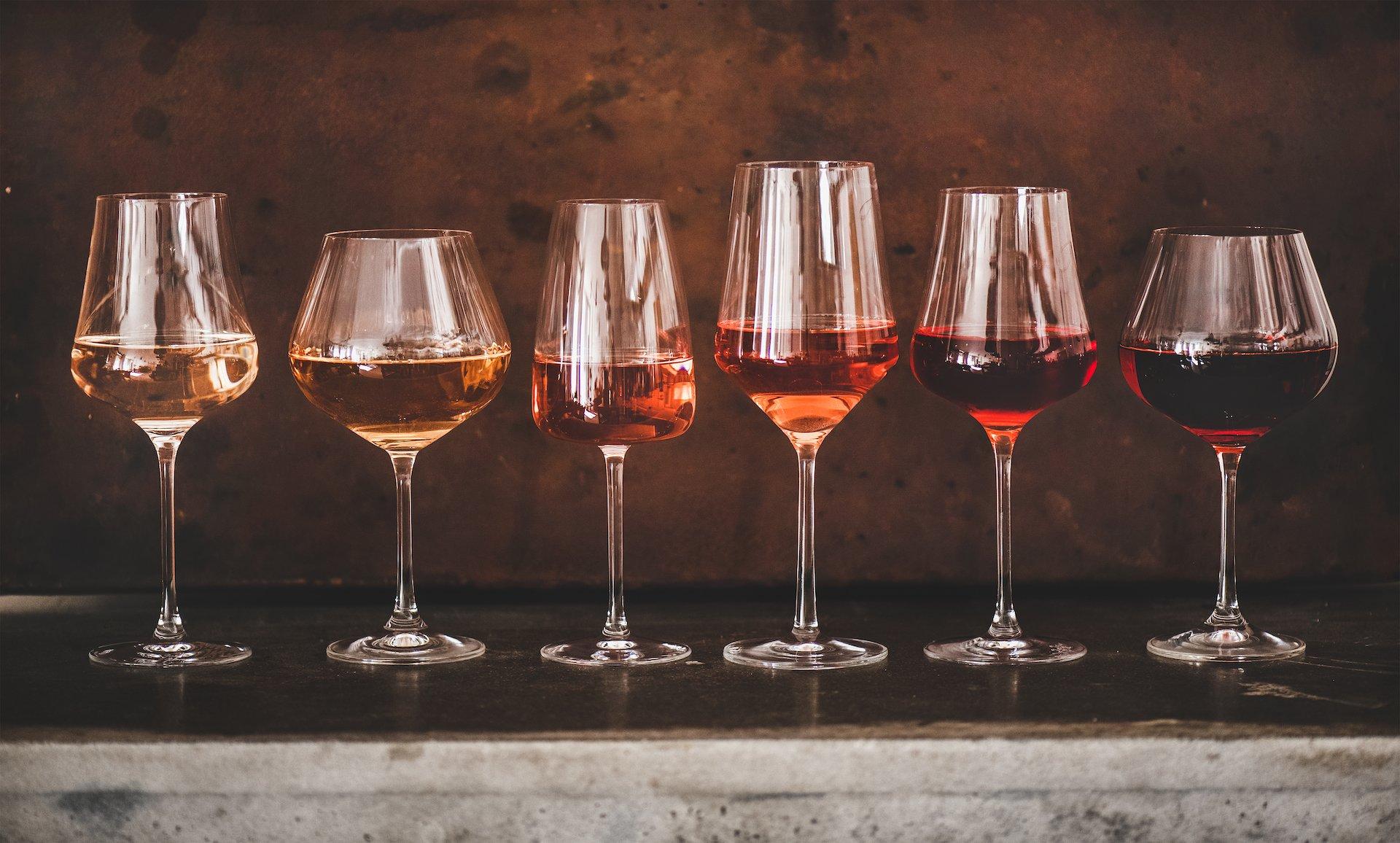 ad ogni vino il suo bicchiere | iltoccodivino.it
